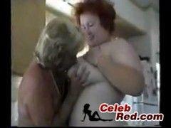 Oma Lesben sind feucht